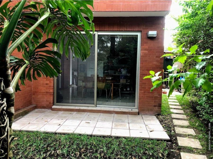 casa con piscina en venta zona 16 encinos cayala