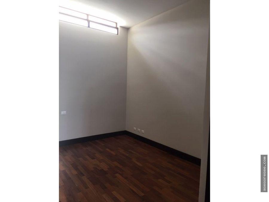 casa a la venta en residencial zona 16