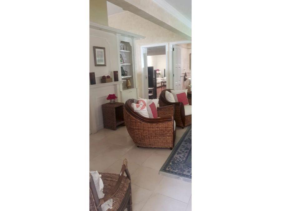 venta de casa en zona 16 en cayala