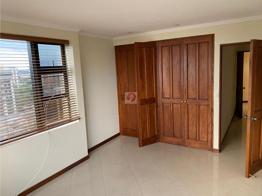 apartamento de 2 habitaciones en alquiler zona 14