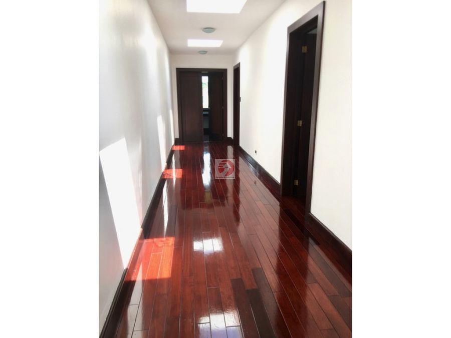 venta casa de 5 habitaciones en condominio exclusivo zona 16