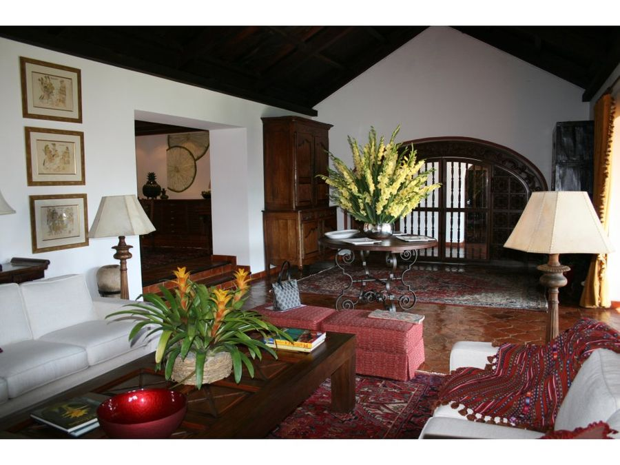 alquiler de casa en antigua guatemala sacatepequez
