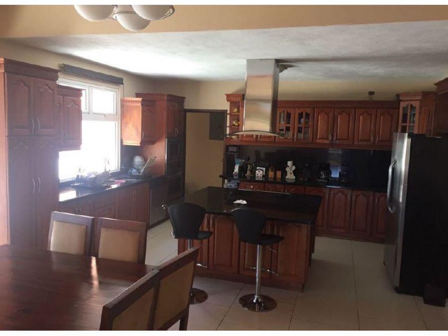 venta y alquiler casa de un nivel km 18 ces