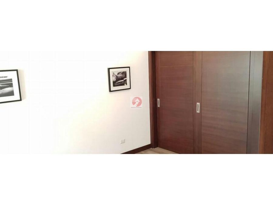 casa de 4 dormitorios en lomas de san isidro zona 16