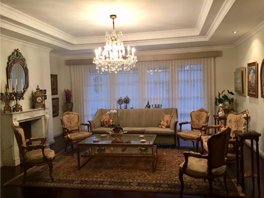 venta de apartamento amplio en zona 14