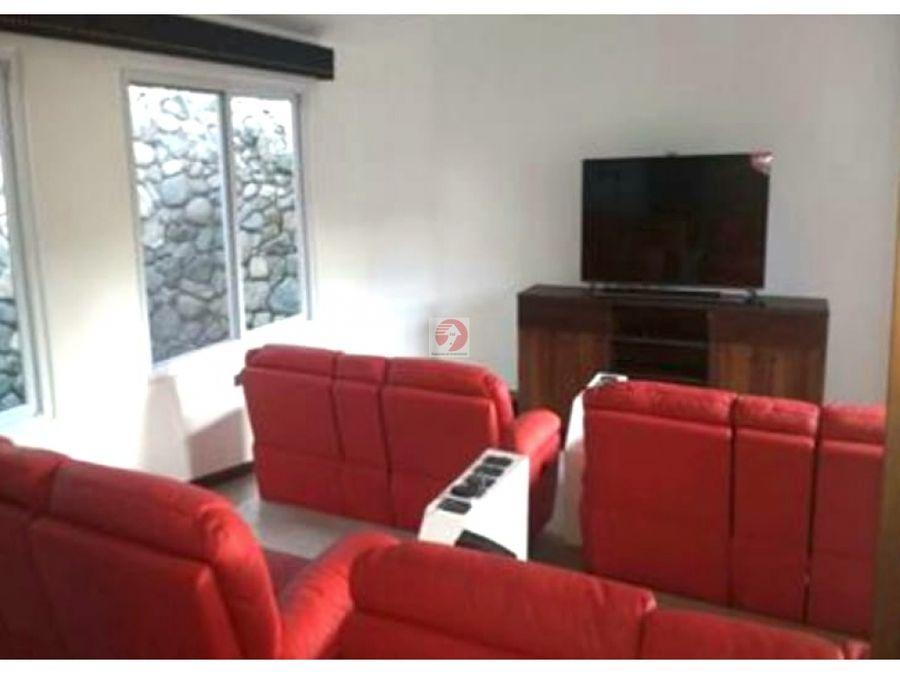 casa amplia exclusiva dentro de condominio en carretera a el salvador
