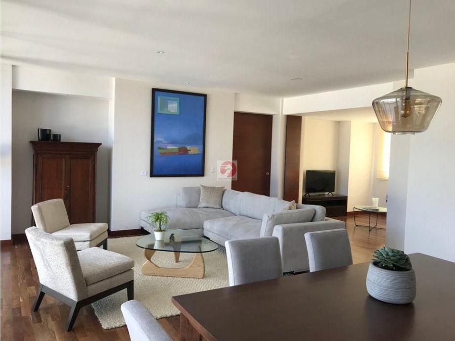 apartamento con 3 dormitorios sector exclusivo zona 15