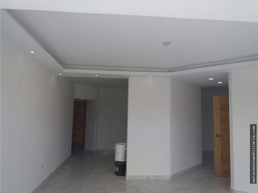 amplio apto en 3er nivel 155mts terraza 45mts