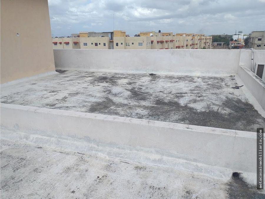 4to piso con area privada de terraza brisa oriental san isidro 3400
