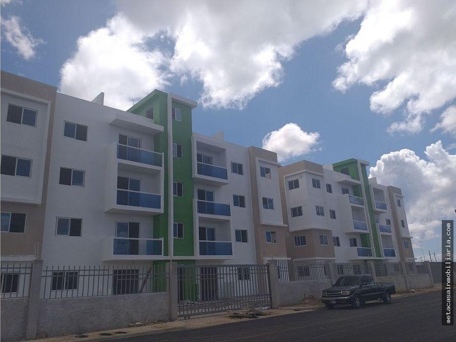 amplia habitacion principal avenida ecologica y san isidro