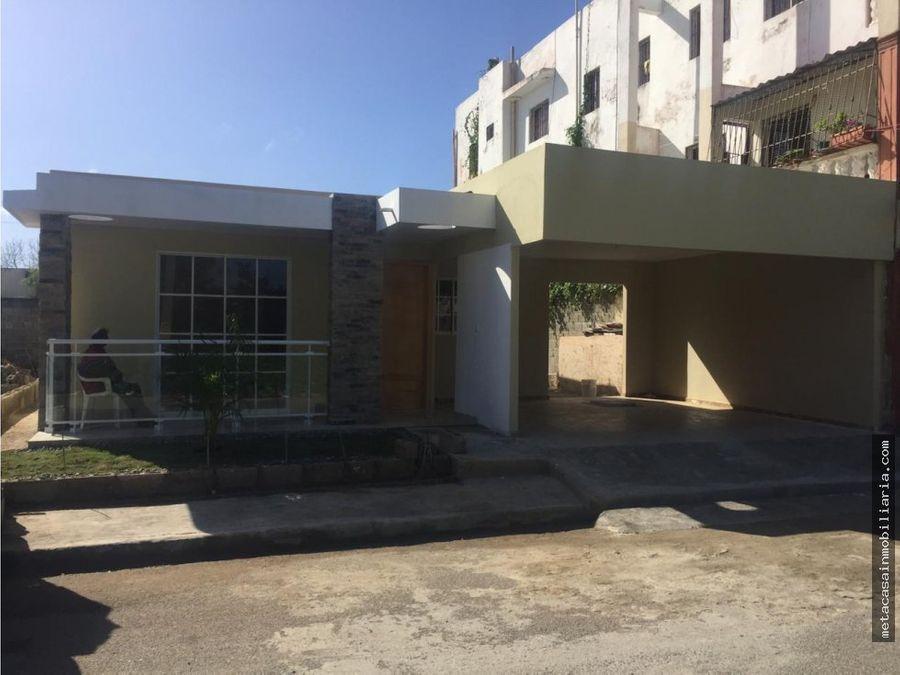 casas de 1 nivel en amalia con marquesina doble 4300