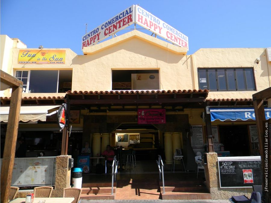 se vende local comercial happy center caleta
