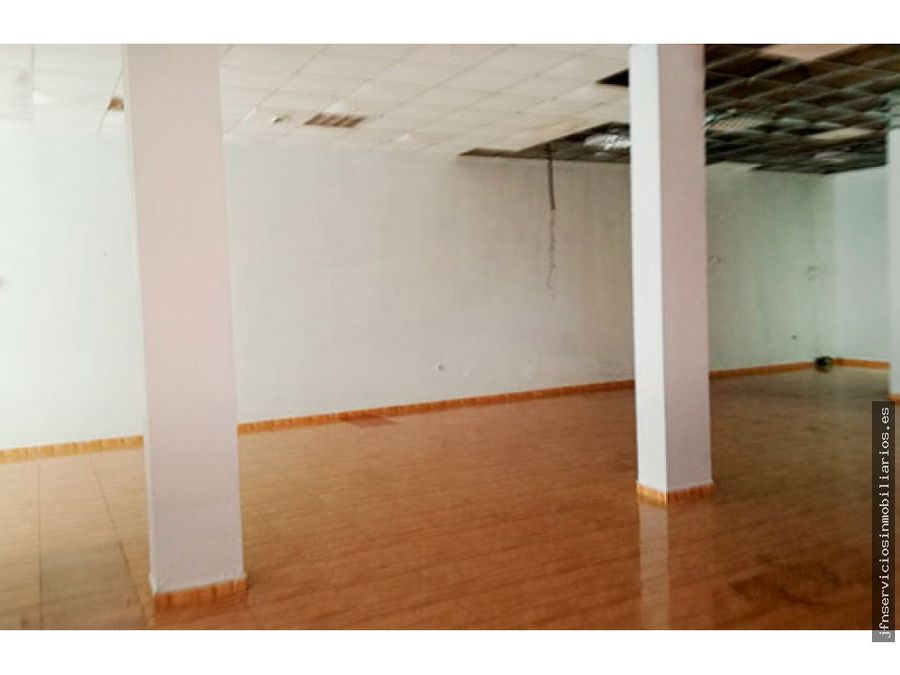 se vende local comercial calle valencia