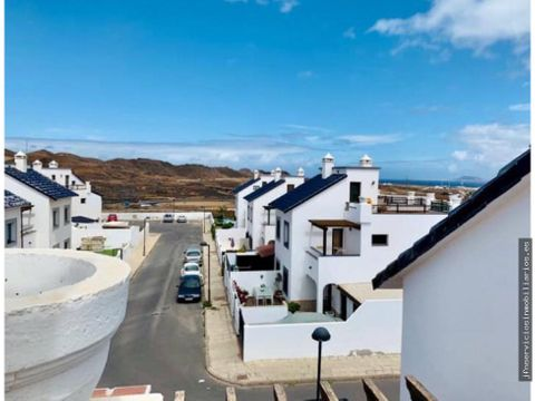 villa en atlantic heights corralejo