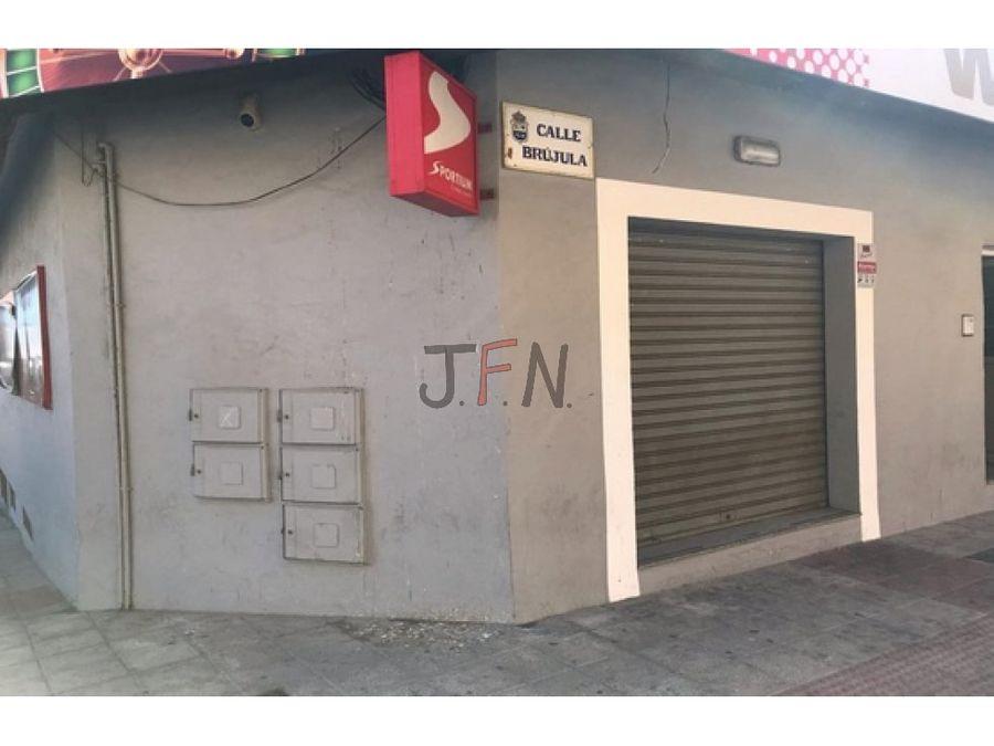 se vende piso en calle la brujula