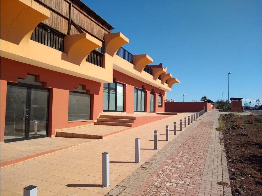se alquilan varios locales comerciales en corralejo