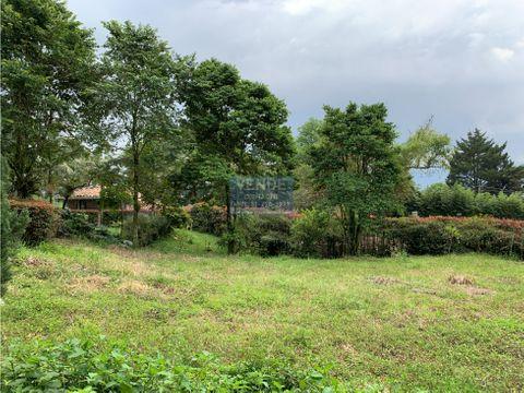 lote con ubicacion estrategica con acceso por el poblado y palmas