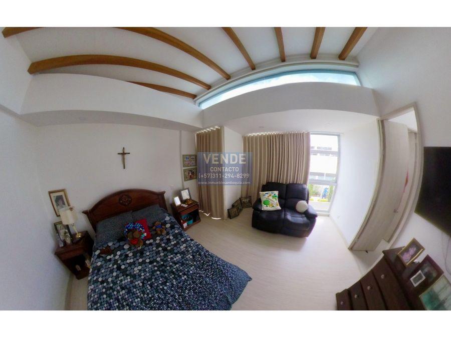 hermosa casa 2 pisos con habitacion en primer piso