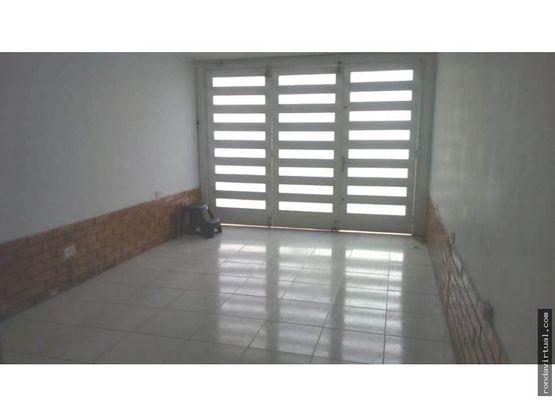 vendo apartamento con garaje en carabelas