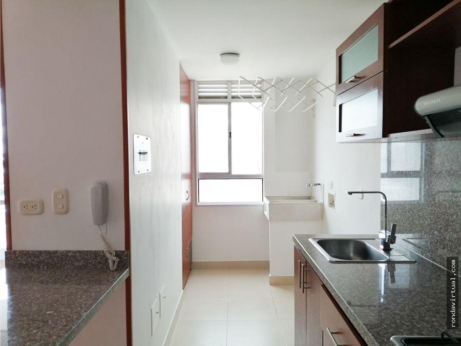 apartamento con garaje y deposito en cedritos