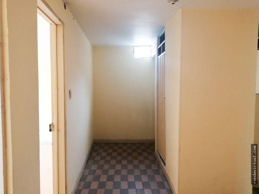 casa de tres pisos sector quiroga