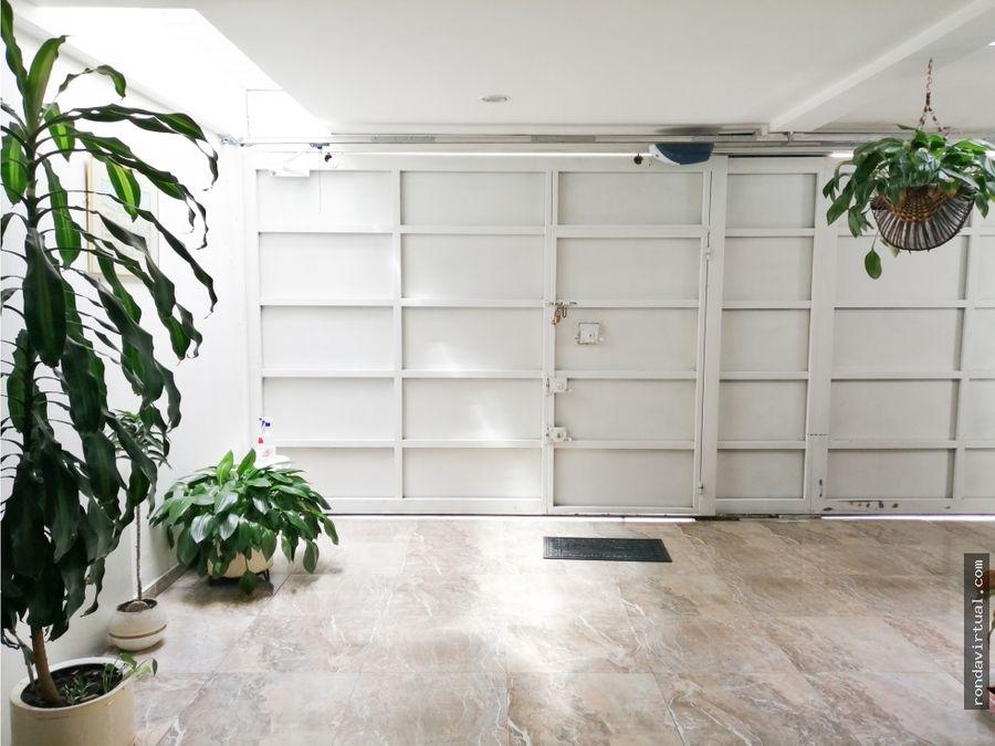 casa con doble garaje en carabelas