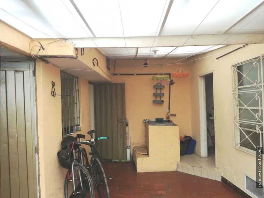 vendo casa esquinera rentable sector muzu