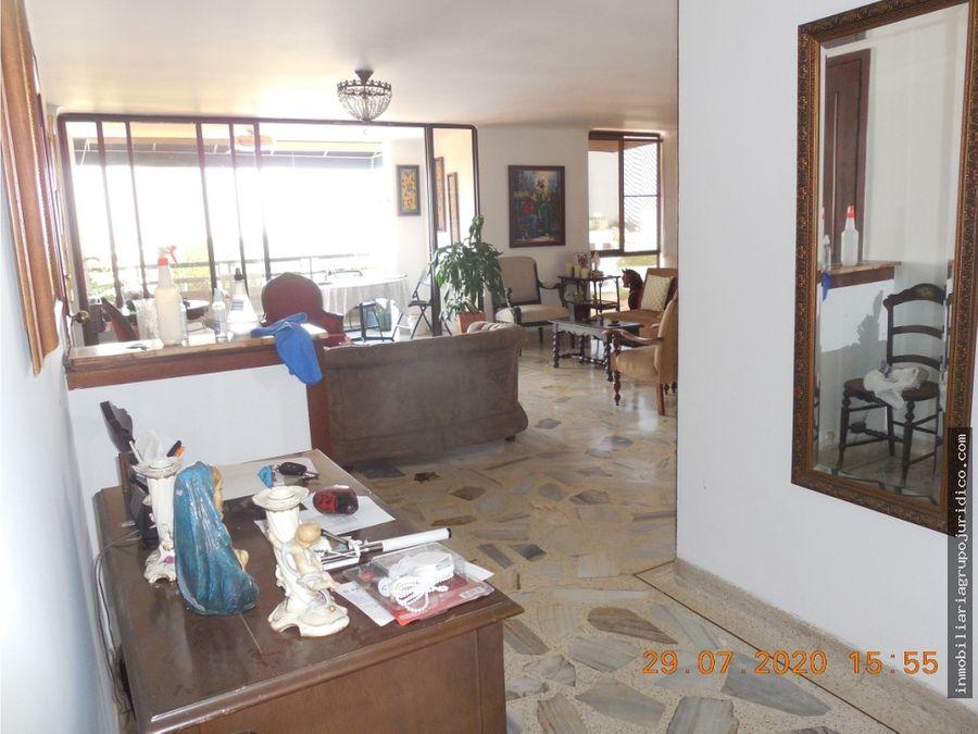 se vende penthouse en santa monica