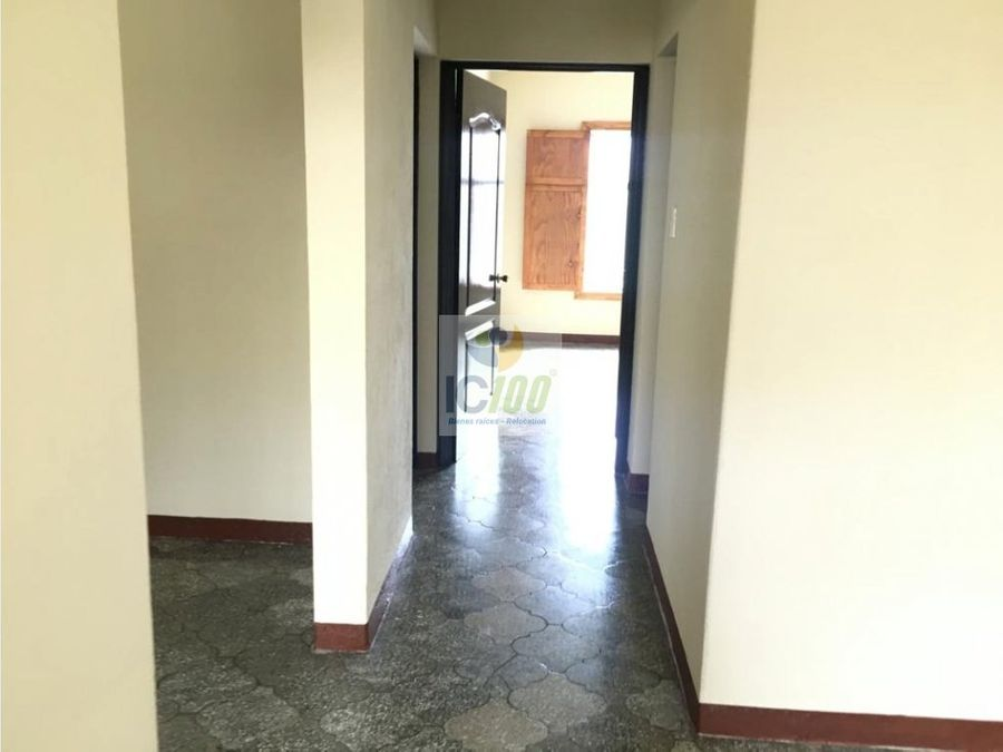 renta casa en zona 1 guatemala