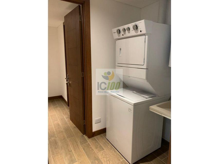 renta apartamento reserva oakland zona 10