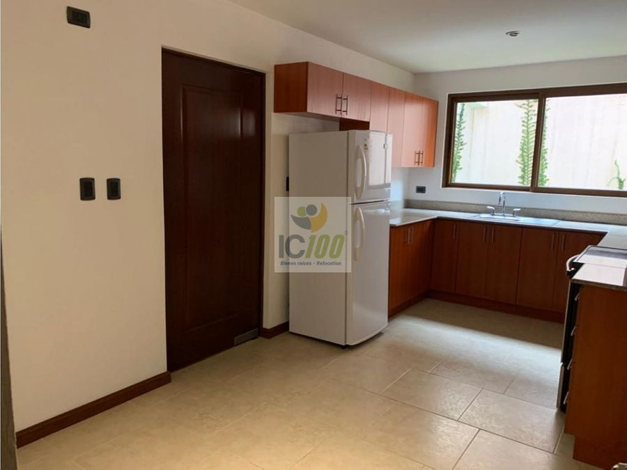 renta apartamento altos de la montana zona 16 guatemala