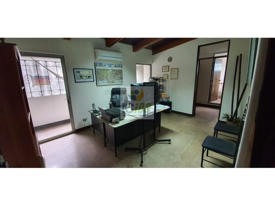 renta oficina zona 10 guatemala