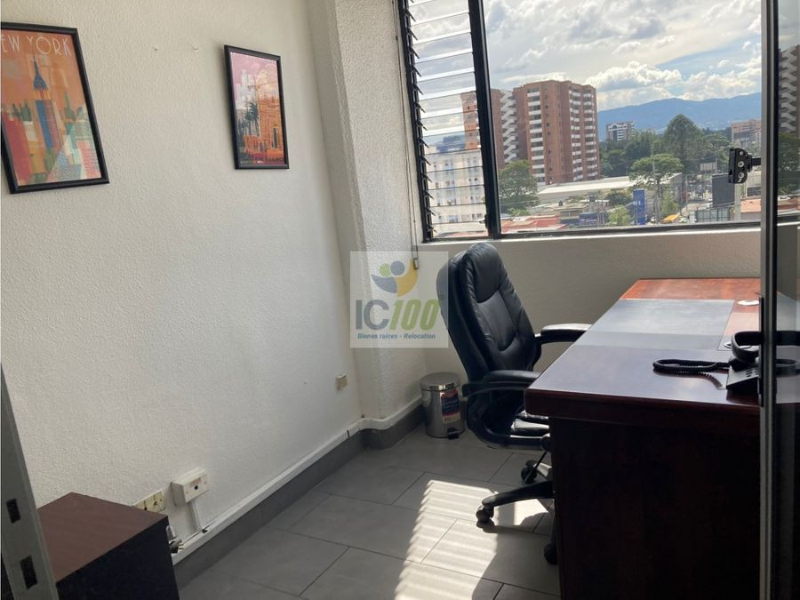 renta oficina plaza buro zona 10 guatemala