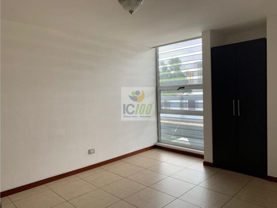 renta apartamento alandra zona 10 guatemala