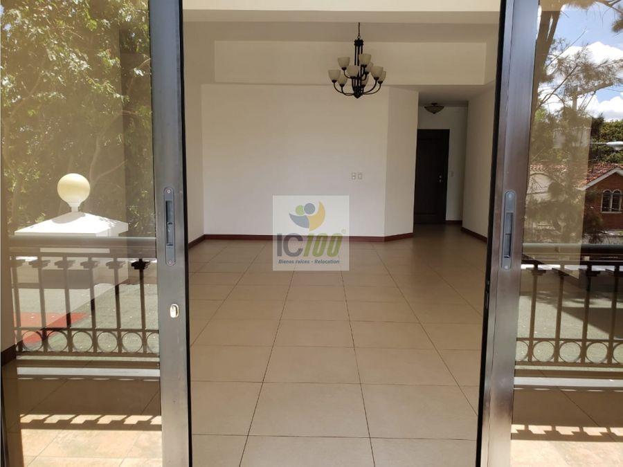 renta apartamento orleans zona 15 guatemala