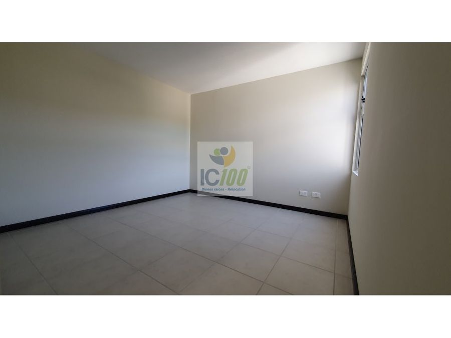 renta apartamento condado naranjo guatemala