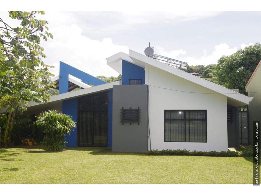 grecia se vende casa super precio rebajado