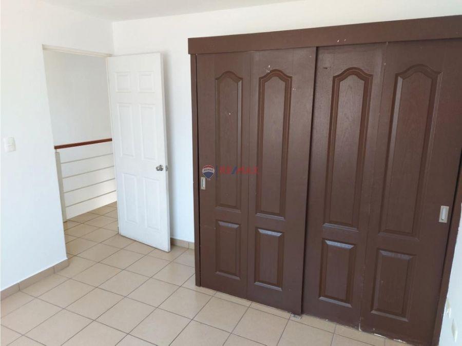 bonita casa en renta en puerta del mar
