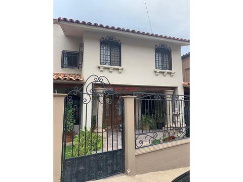 bonita casa en venta en colonia moderna