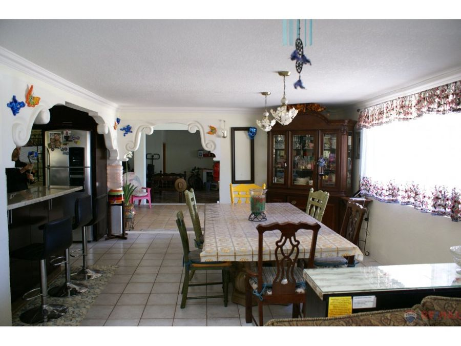 se vende casa en vista al mar ensenada bc
