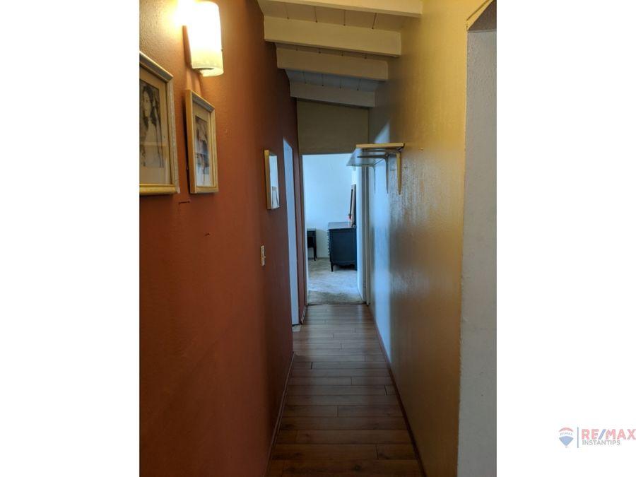se vende casa de 1 nivel en esquina en la colonia moderna