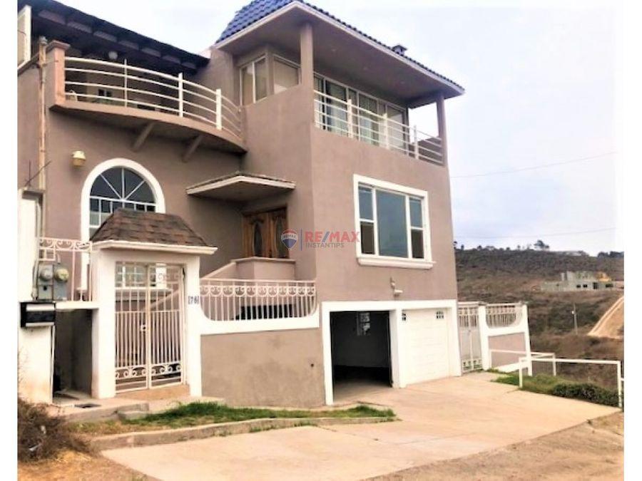 hermosa casa en pedregal playitas