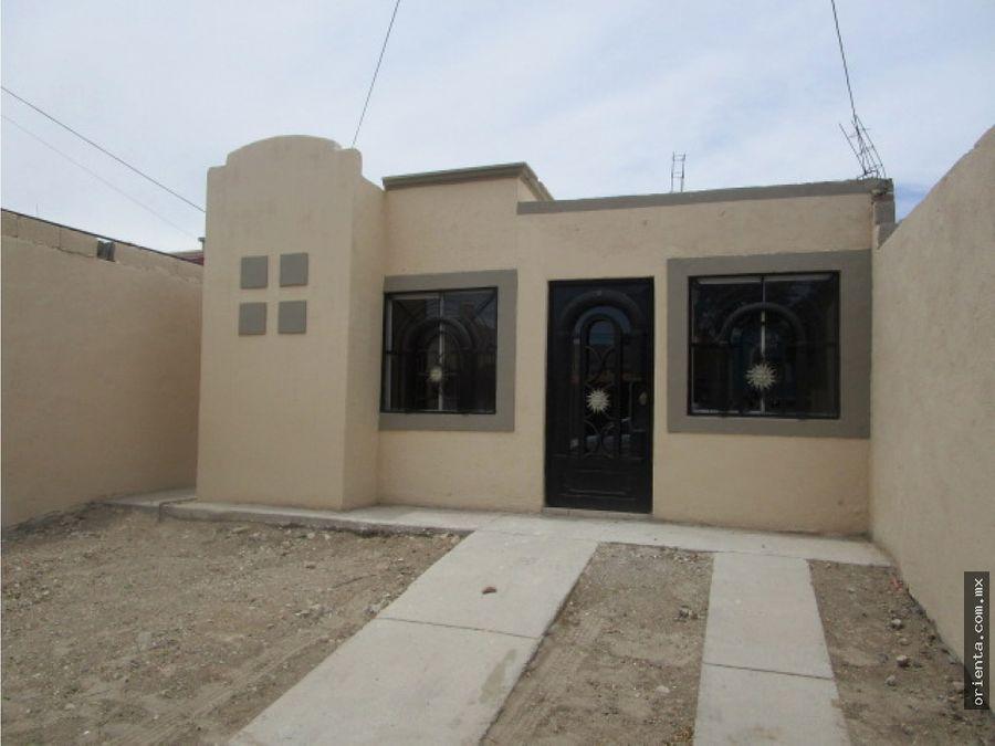 casa en venta en calle polo norte del fracc rincones de salvarcar