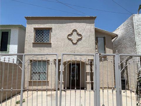casa en venta por calzada del rio
