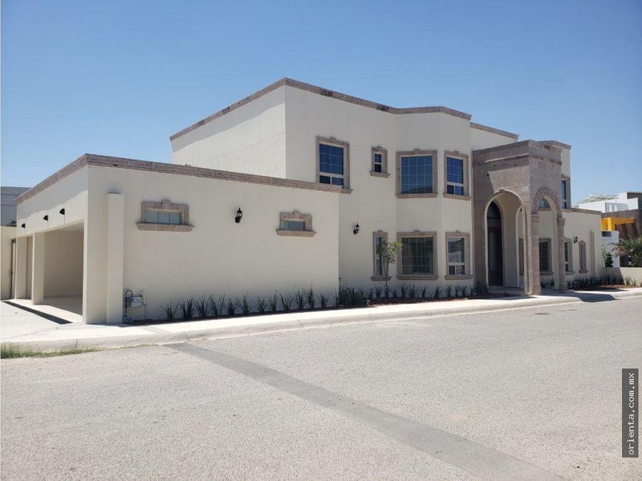 hermosa residencia en mision de los lagos en venta