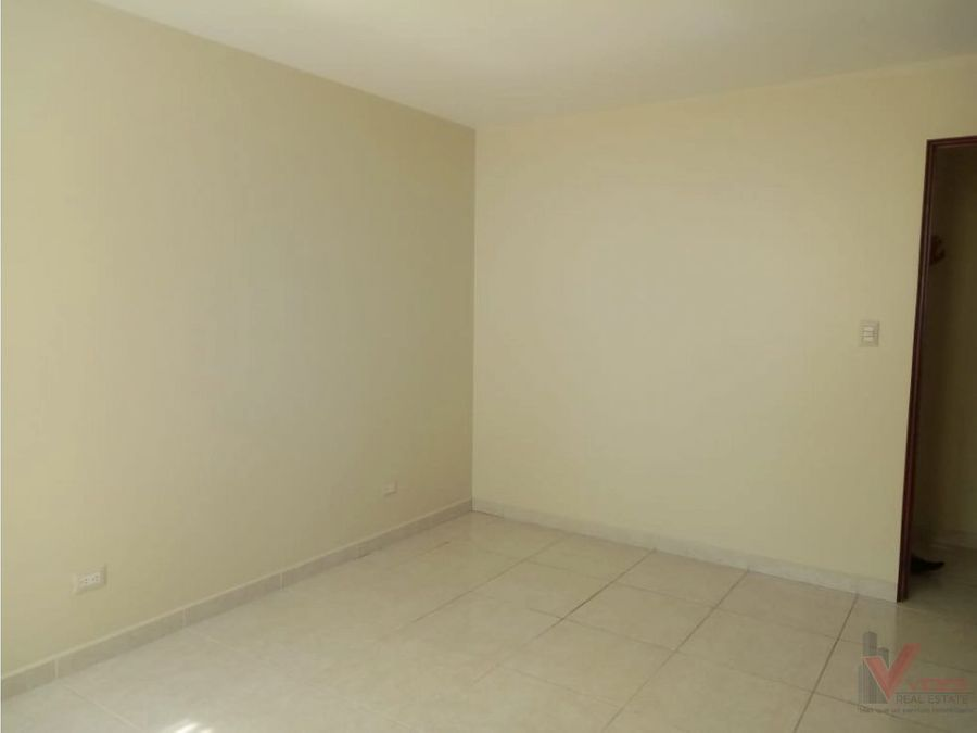renta apartamento zona 14 4 avenida