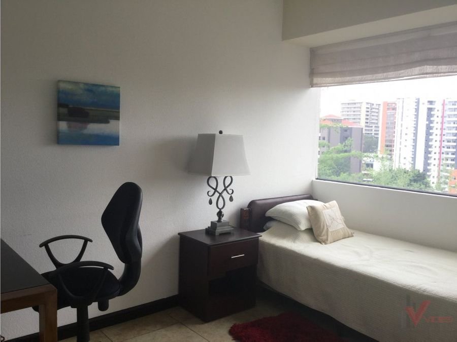 apartamento en 9 calle zona 14