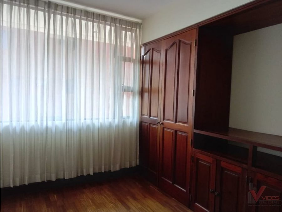 renta apartamento zona 10 8 avenida
