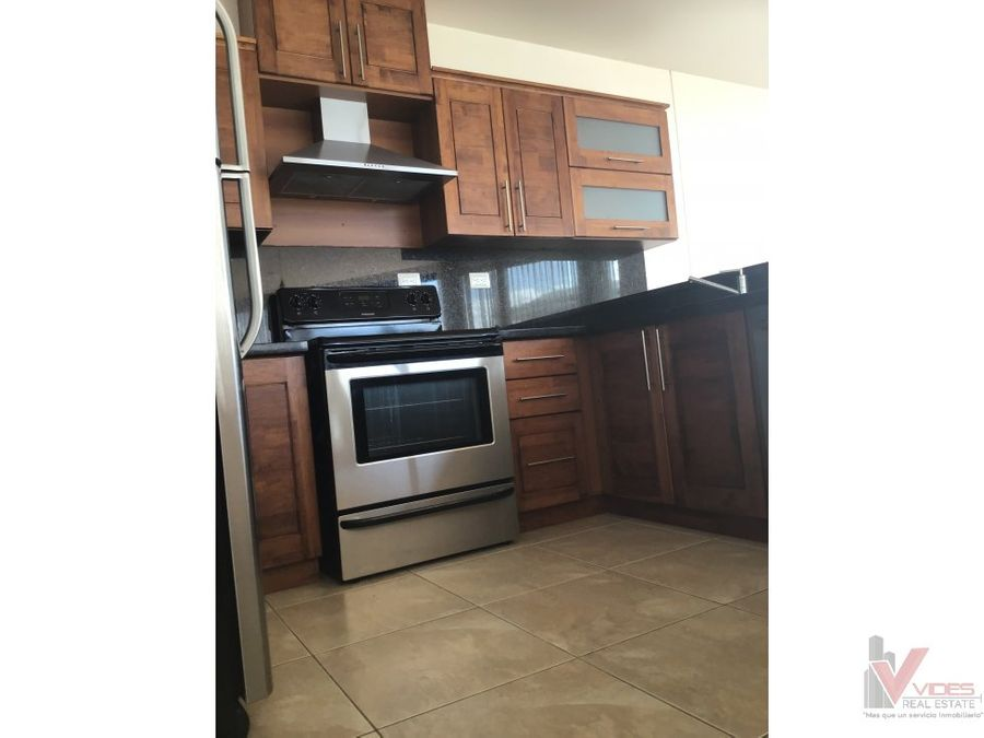 apartamento en renta por 20 av z15 vh1