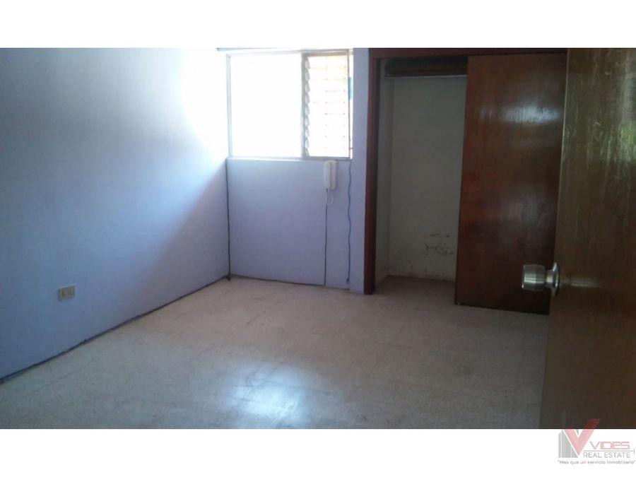 renta casa en 18 avenida zona 15